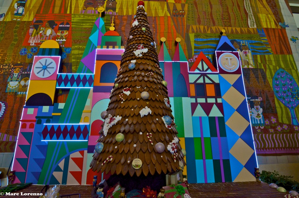 Contemporary Ginger Bread Christmas Tree 1 (1)