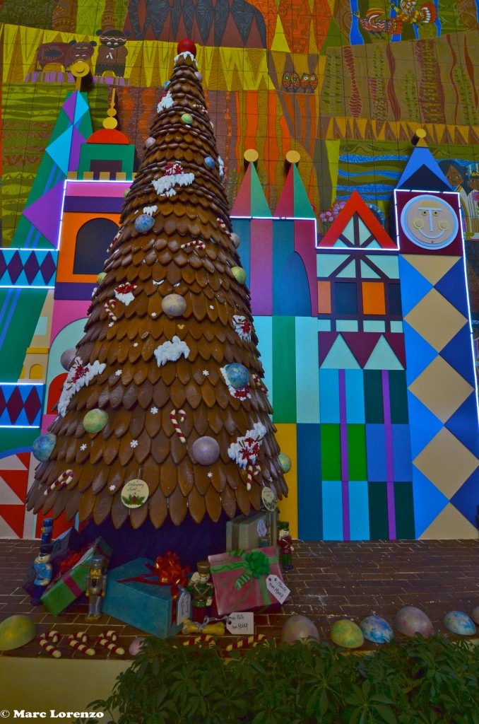 Contemporary Ginger Bread Christmas Tree 2 (1)