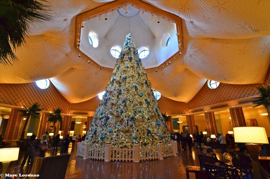 Dolphin Posietta Christmas Tree 1 (1)