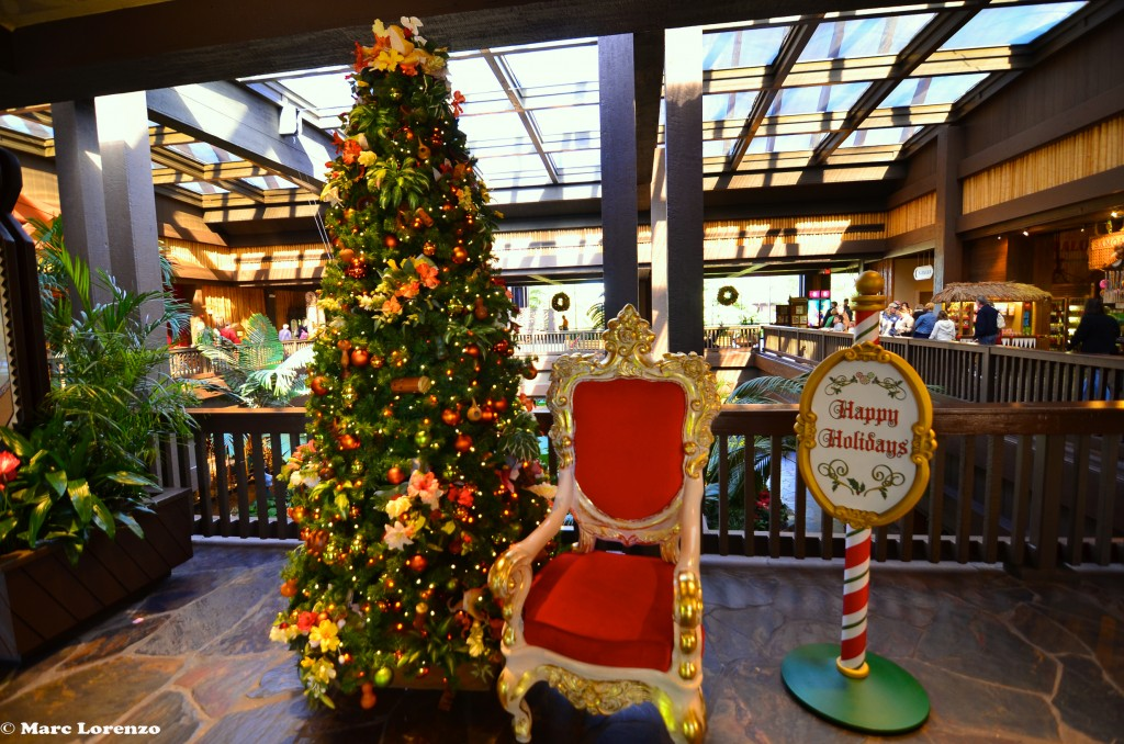 Polynesian Christmas Tree 1 (1)
