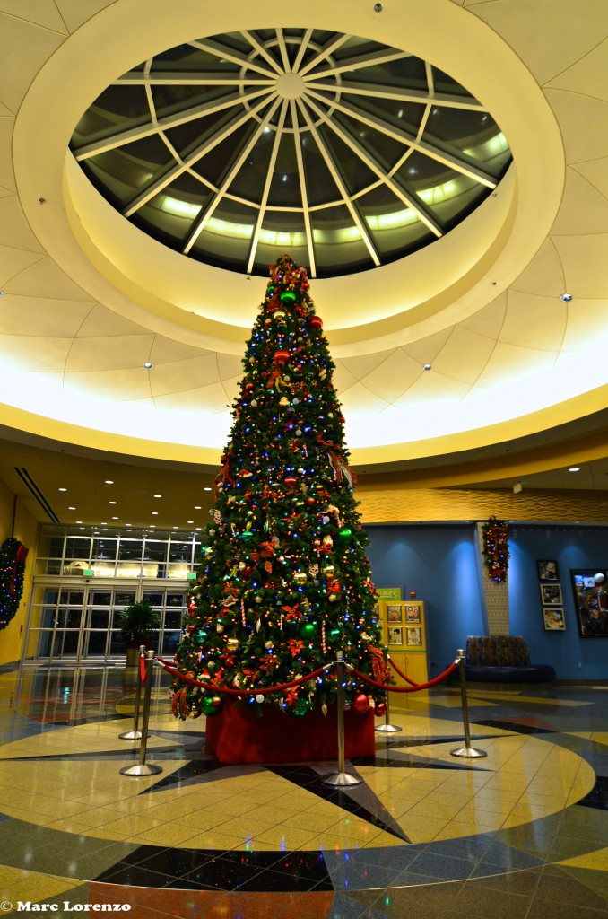 Pop Century Christmas Tree 2 (2)