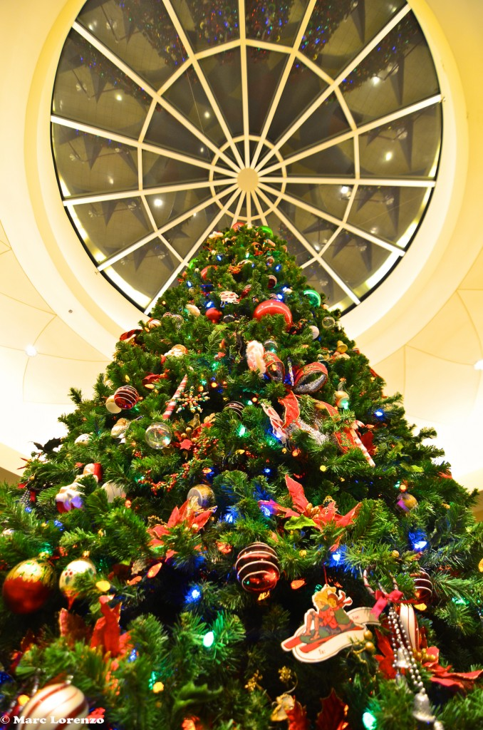 Pop Century Christmas Tree 2 (3)