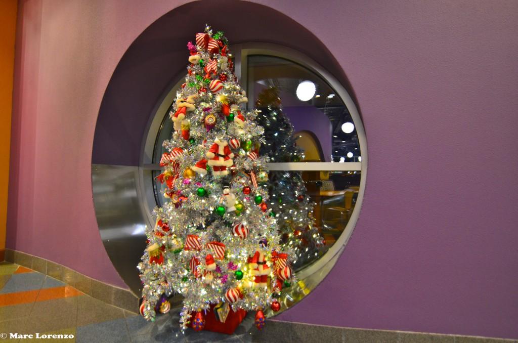 Pop Century Christmas Tree 3 (1)