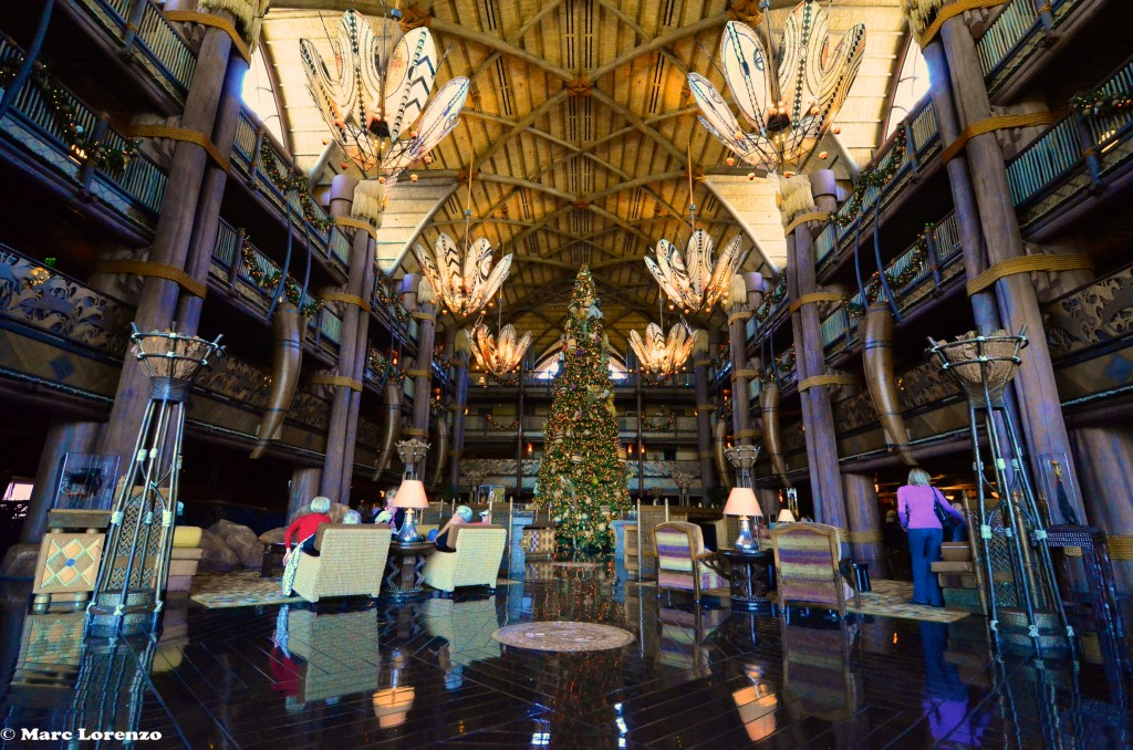 The Animal Kingdom Lodge Christmas Tree 1 (1)