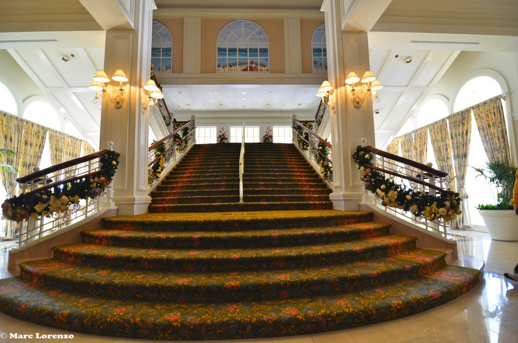 The Grand Floridian Staircase Christmas Decorations (1)
